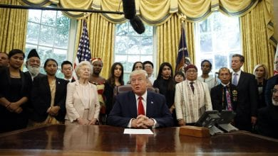 Photo of A moment of truth for Trump as survivors of religious persecution visit White House