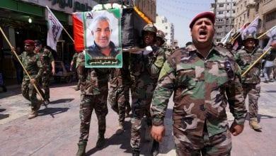 صورة السلطات العراقية تحقق في الغارة التي نفذتها طائرتان مسيرتان إسرائيليتان
