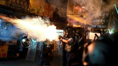 Photo of Trump links Hong Kong crisis to trade as China military rallies