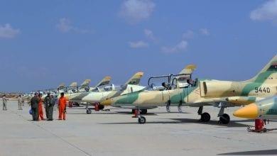 صورة طائرات الجيش الوطني الليبي تقصف مواقع فيمصراتة