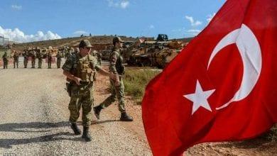 صورة قادة عسكريون أتراك يتعرضون للتهديد بسبب رفضهم ضم عناصر إرهابية للجيش التركي