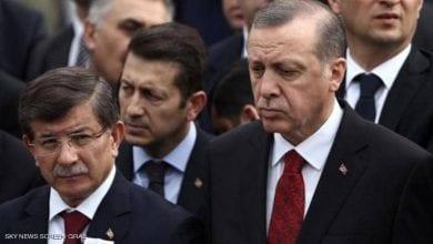 صورة أردوغان يواصل تصفية خصومه السياسيين