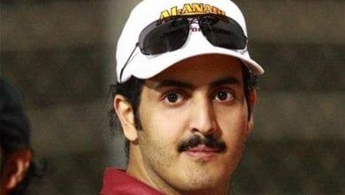 صورة قطر تهدد وتلاحق وتراقب المحامية في قضية شقيق الأمير