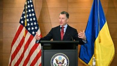 صورة سياسيون أوكرانيون يبدون قلقهم لاستقالة المبعوث الأميركي الخاص إلى كييف بعد تلقيه استدعاء الكونغرس