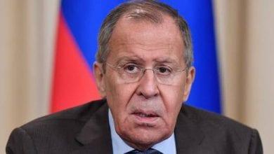 """صورة وزير الخارجية الروسي يدعو إلى إجراء تحقيق دقيق ونزيه في استهداف شركة """"أرامكو"""""""