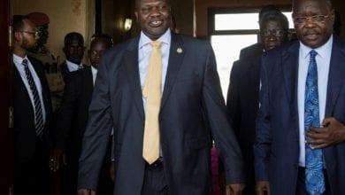 صورة محادثات في جوبا لإنقاذ اتفاق السلام