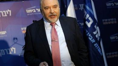 صورة أفيغدور ليبرمان يعلن أنه لن يؤيد نتنياهو ولا غانتس لترؤس الائتلاف الحكومي
