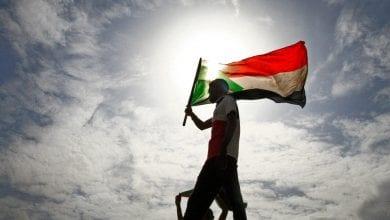 صورة الإعلان عن اتفاق بين الحكومة السودانية والحركات المسلحة في جوبا