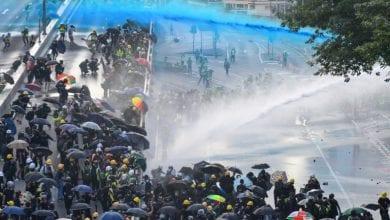 صورة هونغ كونغ تغرق بأعمال عنف جديدة مساء الأحد