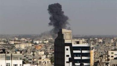 Photo de Des avions d'occupation israéliens attaquent le site nord de la bande de Gaza