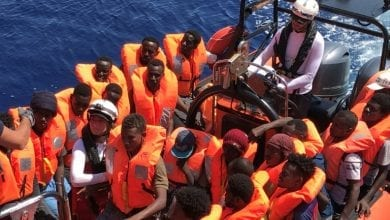 Photo of New Italy government lets rescued migrants disembark