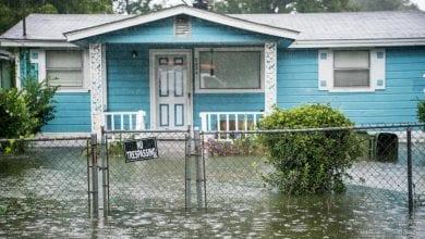 Photo of Hurricane Dorian lashes US coast, soaking the Carolinas