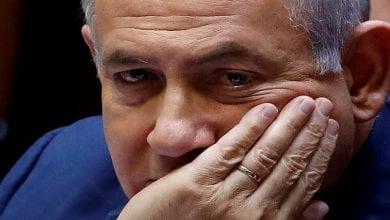 صورة نتنياهو يناور في تشكيل الحكومة… من رئاسة الوزراء إلى السجن في قضايا فساد