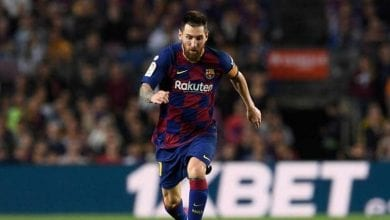 صورة ميسي يقود برشلونة لفوز سهل على أشبيلية
