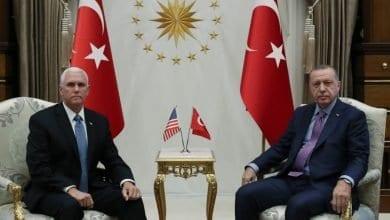 Photo de Mike Pence et  Erdogan sont parvenus à un accord pour un cessez-le-feu dans le nord de la Syrie