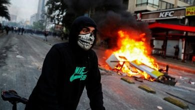 Photo of Riots in Chile's Santiago leave three dead