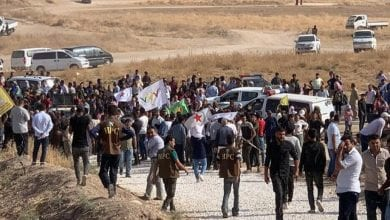 صورة الأكراد يتظاهرون ضد تهديدات أردوغان بشن هجوم على مناطق سورية