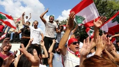 Photo of Lebanon 'days' away from economic collapse if no political solution to protests found, says central bank governor