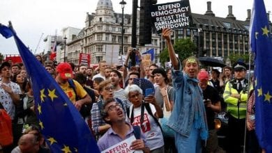 """Photo of """"We are voiceless"""": Hundreds of thousands protest in London for new Brexit vote"""