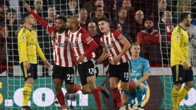 Photo of Blades burst Arsenal bubble as Mousset strikes