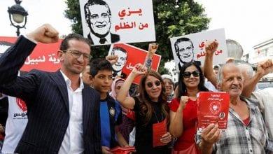 صورة الأحزاب التونسية ترفض المشاركة في حكومة ترأسها حركة النهضة