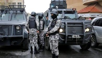 صورة الأمن الأردني يقبض على شخص طعن عدد من السياح في محافظة جرش