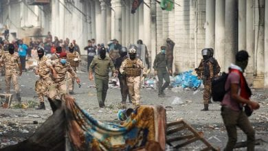 Photo of One protester killed, 12 wounded in ongoing Baghdad clashes