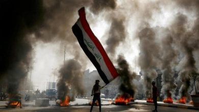 Photo of Three day mourning continues in Iraqi cities as protesters renew anti-govt rage