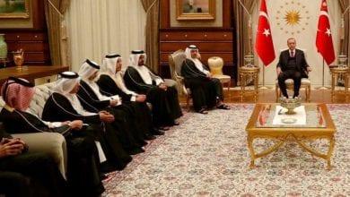 صورة الإنهيار الإقتصادي يتسبب بنكسات متتالية للاستثمارات القطرية في تركيا