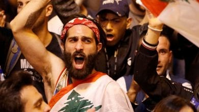 صورة شلل في معظم المدن اللبنانية مع دخول الإضراب يومه الثاني