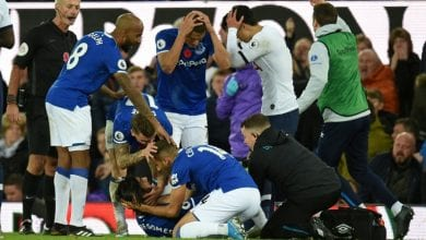 Photo of Gomes suffers horror ankle injury, 'devastated' Son sees red as Everton deny Tottenham
