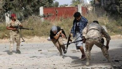 صورة الجيش الليبي يخوض معارك دقيقة ضد الميليشيات الإرهابية وسط مناطق آهلة بالسكان على تخوم طرابلس