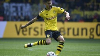 Photo of Benfica sign Dortmund midfielder Weigl