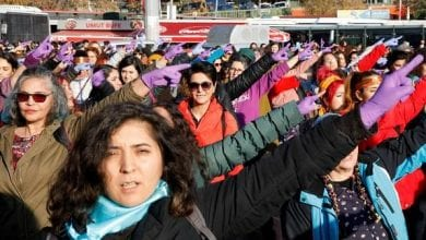 Photo of Female Turkish lawmakers stage Las Tesis 'rapist is you' protest