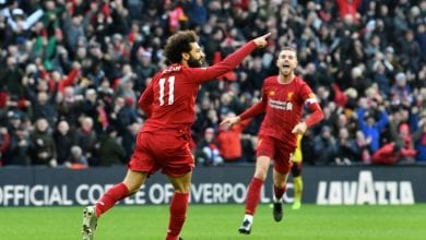 Photo of Salah stretches Liverpool lead to 10 as Leicester stumble