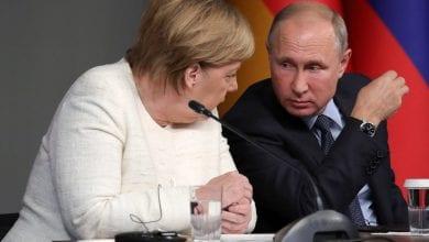 صورة دعوة روسية ألمانية لإنهاء الصراع في ليبيا
