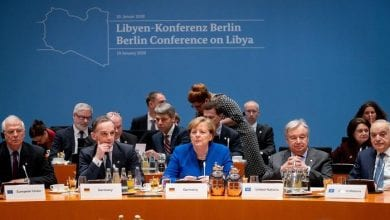 صورة ميركل: جميع الأطراف المشاركة في قمة برلين اتفقت على احترام حظر تصدير السلاح إلى ليبيا