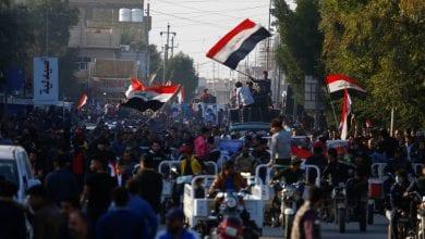 صورة العراقيون يتظاهرون ضد الوجود الأجنبي في البلاد