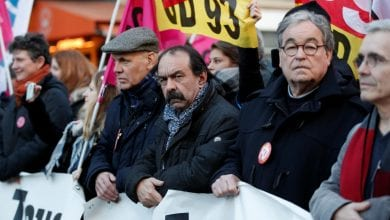 Photo of French unions stage marches and block ports as impact of transport strikes weakens