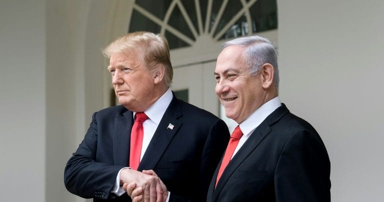 "Photo of Trump et Netanyahu profitent du ""deal du siècle"""