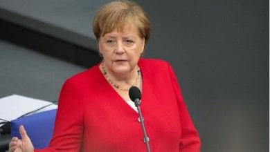 صورة ميركل تدعو أوروبا للتفكير في بدائل عن الدور القيادي للولايات المتحدة