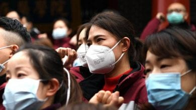 Photo of China corona virus deaths rise past 900, overtaking SARS toll