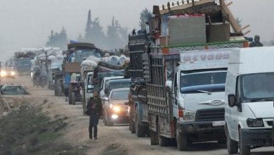 Photo of Civilians flee homes, safe zone shrinks as Syrian regime bombards Idlib