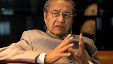 Photo de Mahathir Mohamad a remis  sa démission au Roi de Malaisie