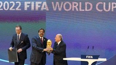 صورة فساد واحتيال مرتبط بالتصويت لبطولتي كأس العالم لكرة القدم في قطر وروسيا