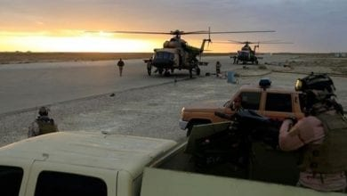 صورة عشرة صواريخ تستهدفقاعدة عسكرية تضم جنوداً أميركيين قرب بغداد