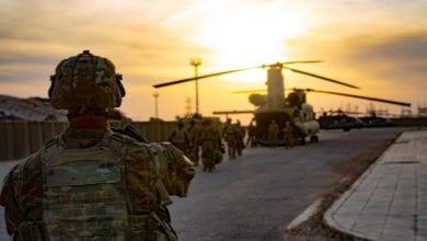 صورة قوات التحالف الدولي تنسحب من قاعدة القائم الإستراتيجية في العراق