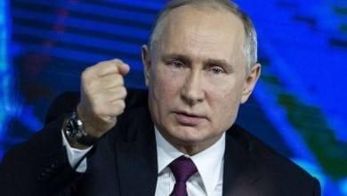 صورة بوتين يدعم المراجعات على الدستور الروسي