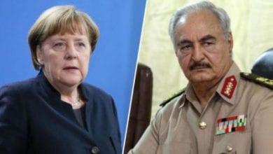 صورة المستشارة الألمانية تستقبل قائد الجيش الوطني الليبي المشير خليفة حفتر