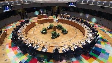 صورة وزراء خارجية الاتحاد الأوروبي يعقدون اجتماعاً طارئاً بشأن تدفق اللاجئين من تركيا